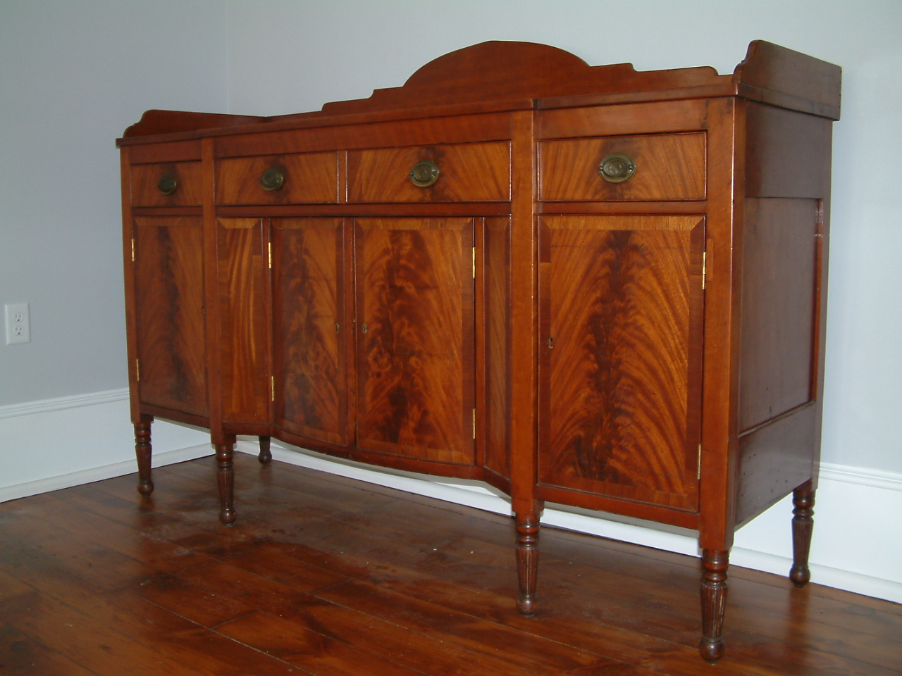 Charming 455   C1815 Cherry And Mahogany Sheraton Sideboard Found In The Lexington  Kentucky Area